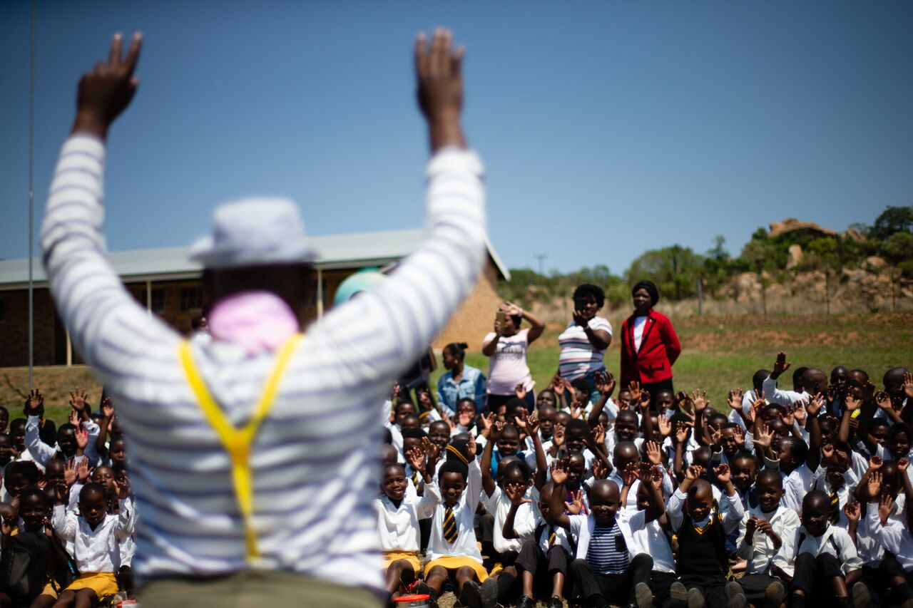 Background of Sibusiso and children